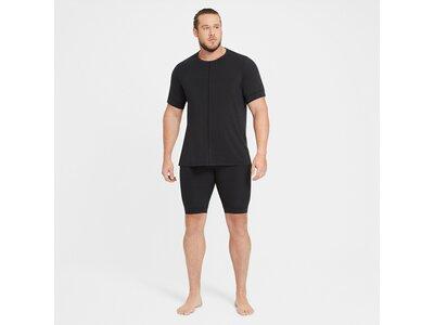 NIKE Herren T-Shirt Dri-FIT YOGA Schwarz