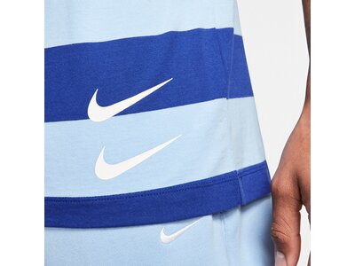 NIKE Lifestyle - Textilien - T-Shirts Swoosh Stripe Tee T-Shirt Blau