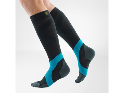 BAUERFEIND SPORTS Sportsocken Sports Compression Socks Ball&Racket (long) Weiß