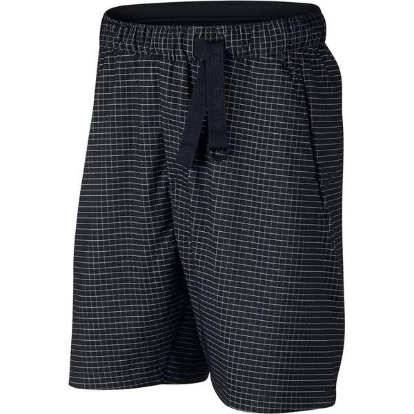 "NIKE Herren Shorts ""Tech Pack"""