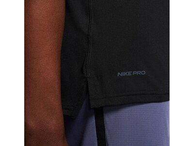 "NIKE Herren Trainingsshirt ""Breathe Mens Short-Sleeve Top"" Schwarz"